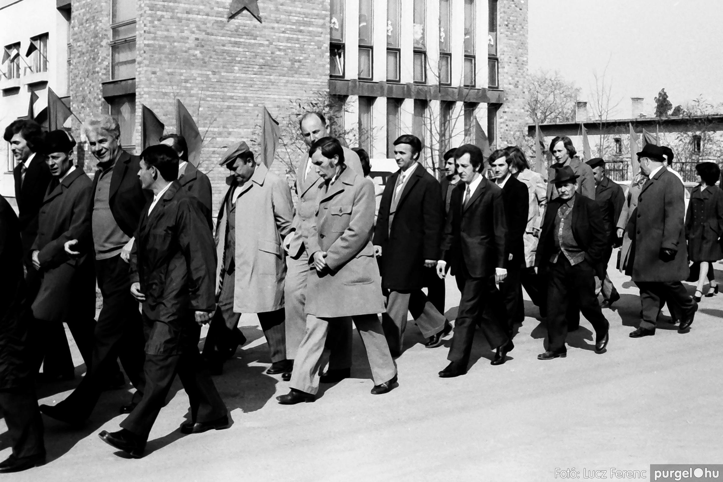 040. 1976.04.04. Április 4-i ünnepség 010. - Fotó: Lucz Ferenc - IMG00220q.jpg