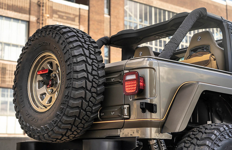 Quadratec-Jeep-Wrangler-YJL-7