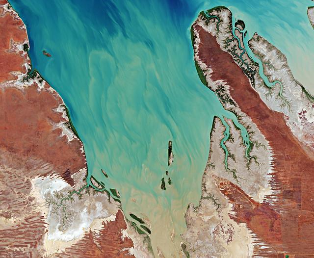 Valentine Island, Australia