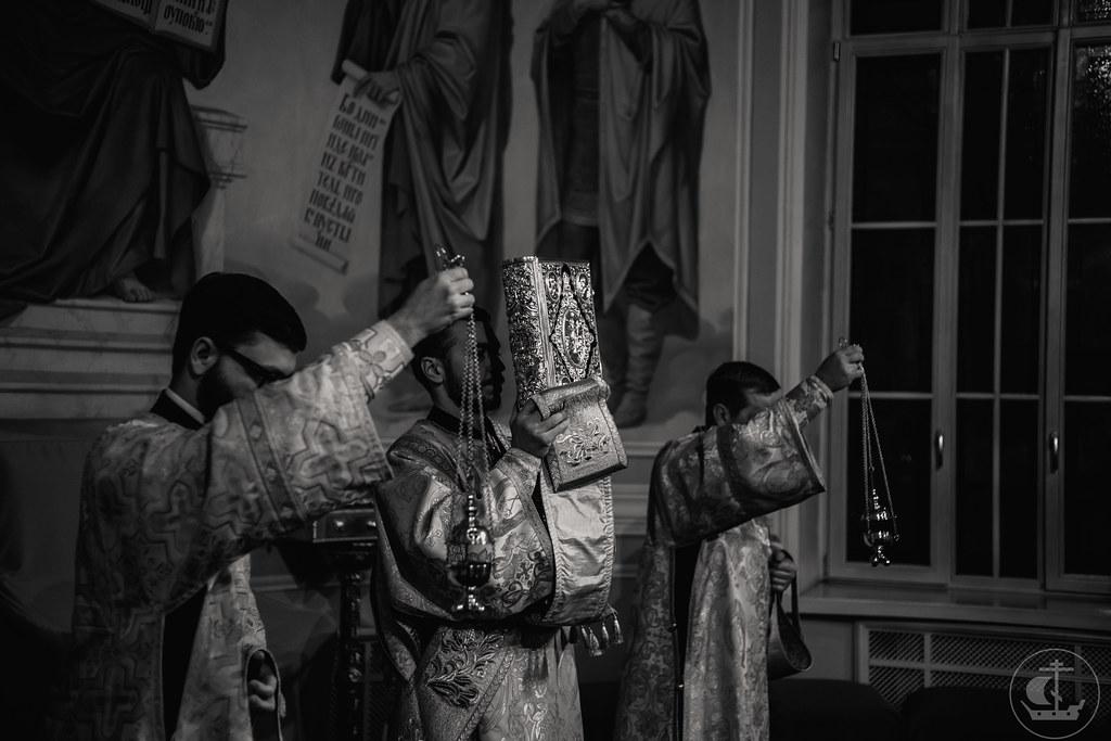 11-12 февраля 2021, День памяти Вселенских учителей и святителей Василия Великого, Григория Богослова и Иоанна Златоустого / 11-12 February 2021, The Synaxis of the Three Hierarchs: St. Basil the Great, St. Gregory the Theologian, and St. John Chrysostom