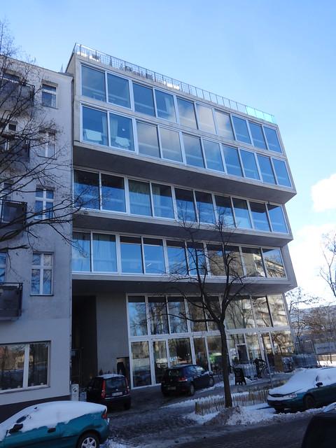 2014/18 Berlin Terrassen-Haus Lobe Block in Sichtbeton von Arno Brandlhuber (Brandlhuber/Emde/Burlon)/Muck Petzet Böttgerstraße 16 in 13357 Gesundbrunnen