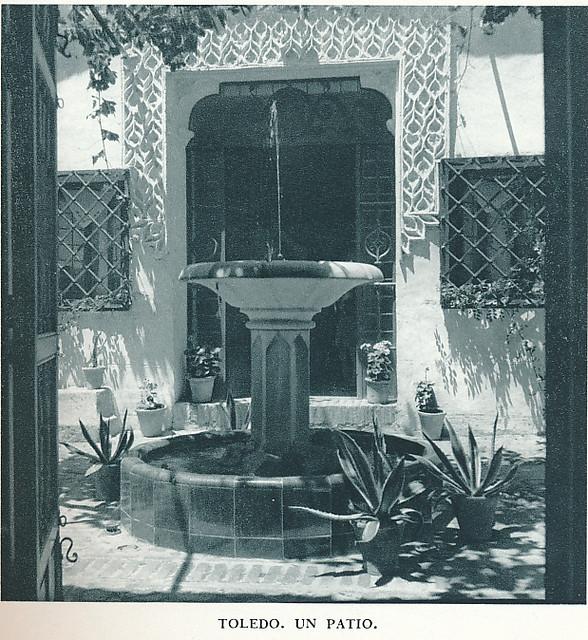 """Un patio toledano en los años 50. Fotografía de Jean Dieuzaide, """"Yan"""""""