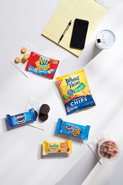 BELVITA Sandwich Peanut Butter and CHIPS AHOY 4 Count and OREO 4 Count and RITZ Bitz Cheese 1 oz and WHEAT THINS Veggie Chips 1.75 oz_PKG with RAW_002 copy