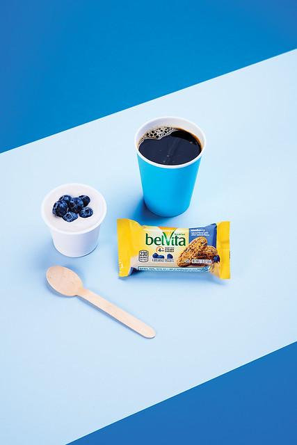 8belVita Breakfast Biscuit Blueberry with Coffee and Yogurt_PKG_001