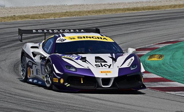 Ferrari 488 Challenge / James WEILAND / USA / Rossocorsa