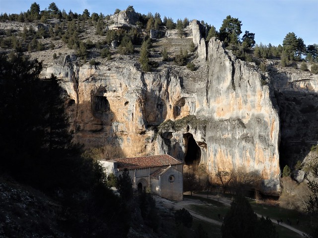 Cañón de Río Lobos - Ermita de San Bartolomé - Soria.