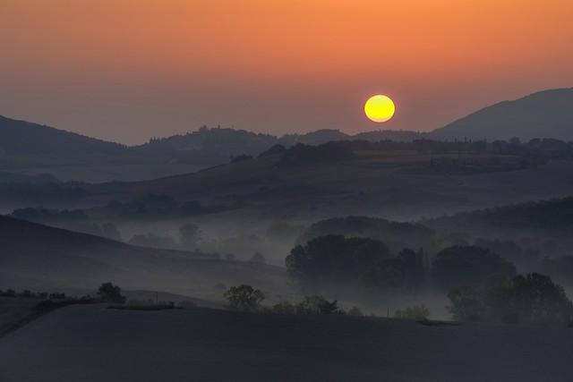 *Le Crete / Trequanda @ sunrise II*