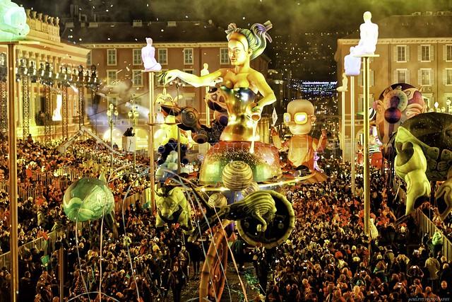 Souvenir du Carnaval de Nice sur la Côte d'Azur