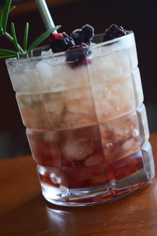 Bramble cocktail 3