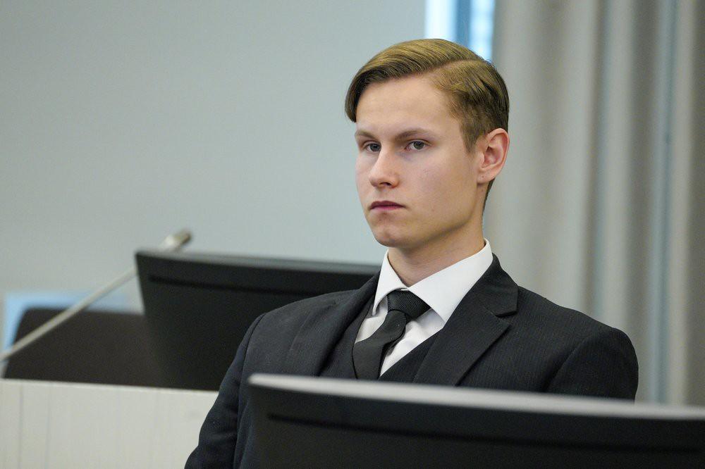 Мансхаус, как и Брейвик, признан вменяемым и получил 21 год тюрьмы.