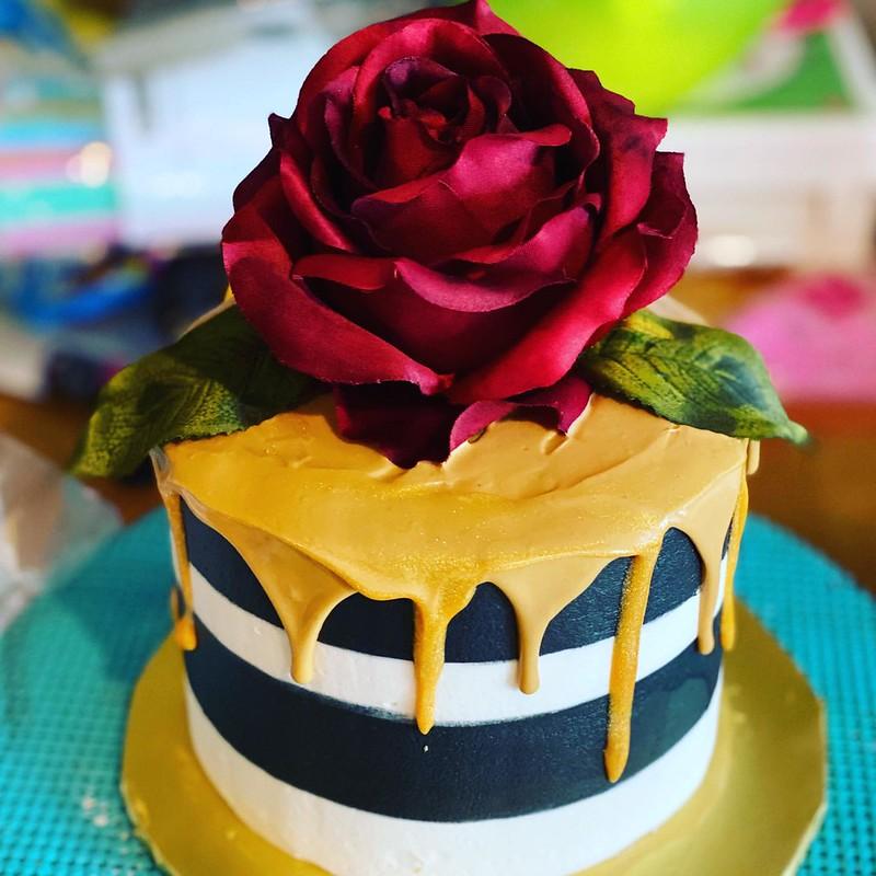 Cake by YaYa's Cakery