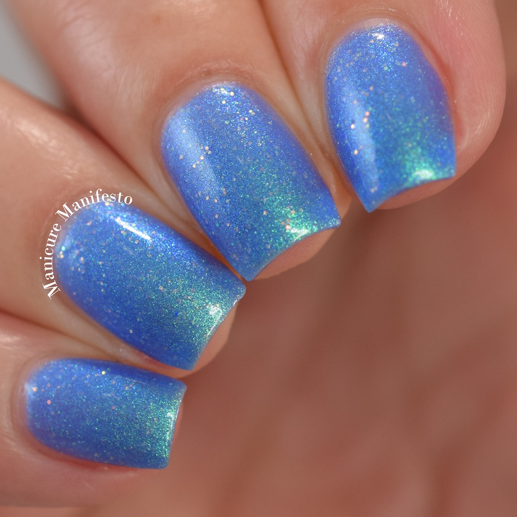 Treo Lacquer Butterfly In The Sky swatch
