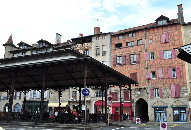Place du marché, Figeac, Quercy, Lot, Occitanie, France*