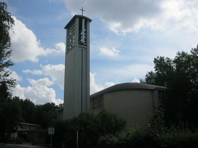 1956 Berlin-W. katholische Kirche St. Aloysius von Felix Hinssen Schwyzer Straße 2 in 13349 Wedding