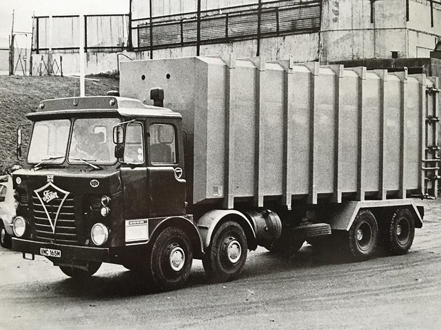 Foden S80 refuse compactor body ,1974 photo taken GLC Greenford ,depot I was running out of Greenford 15 years later .