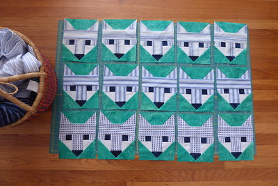 2021-02-12_Fancy-Fox-quilt-first-15-blocks-done