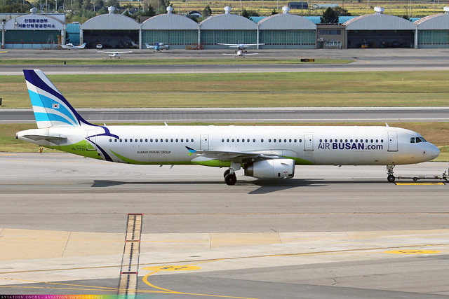 HL7731  -  Airbus A321-231  -  Air Busan  -  GMP/RKSS 6/10/19