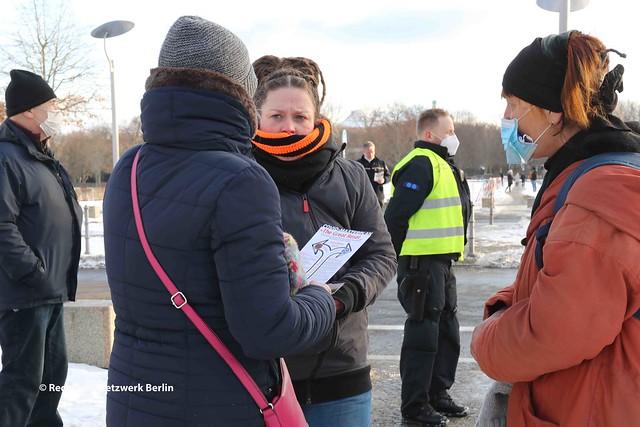 13.02.2021 Berlin: Demonstration von Lelya Bilge (AfD) gegen Corona- Infektionsschutz