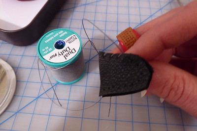 2021-01-31_thimble-making-3_stitching