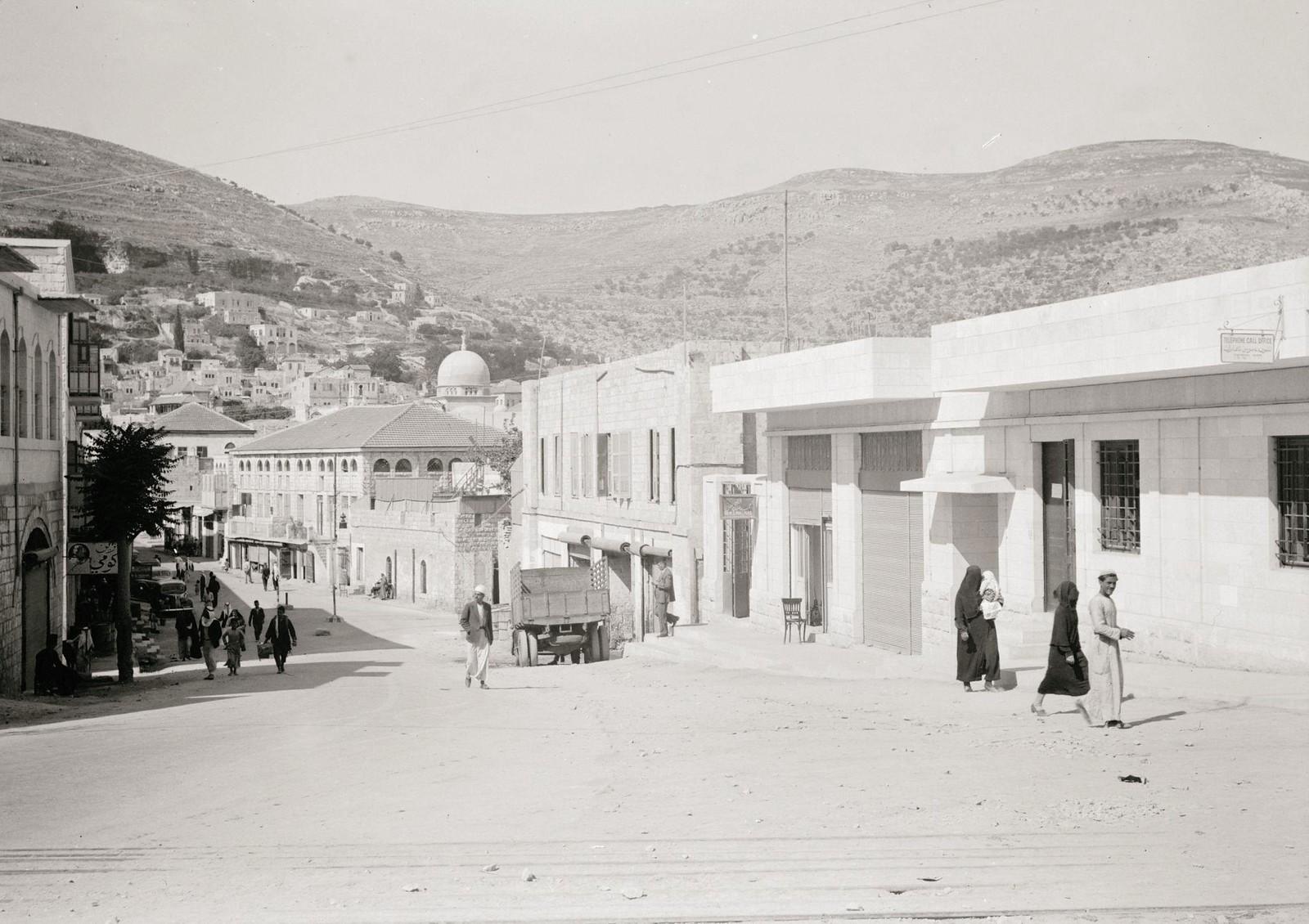 22. 1940. Шхем. Мэйн-стрит, справа - здания почтового отделения