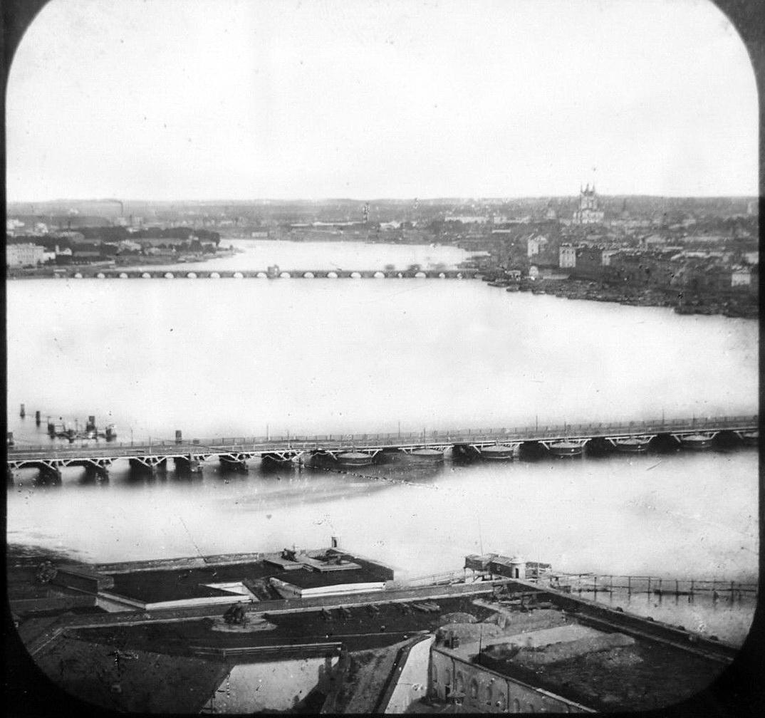 Вид на Неву с колокольни Петропавловского собора. 1857