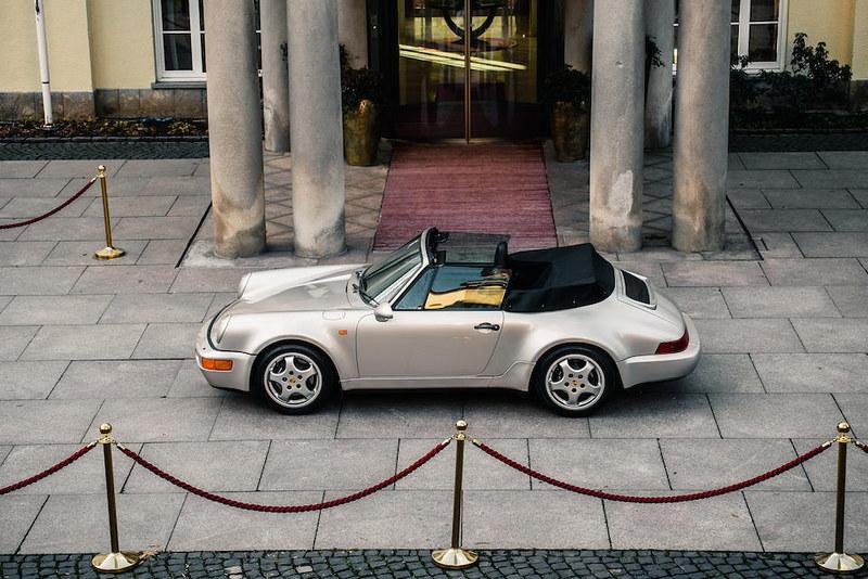 Maradonas-1992-Porsche-911-Type-964-Carrera-2-Convertible-8