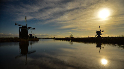 europe nederland thenetherlands holland dutch landscape polder kinderdijk rotterdam world heritage site unesco windmill molen mill sunrise water reflections