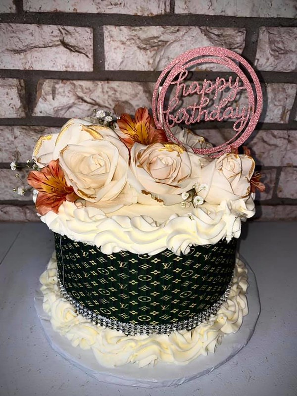 Cake by Nikki's Sweets