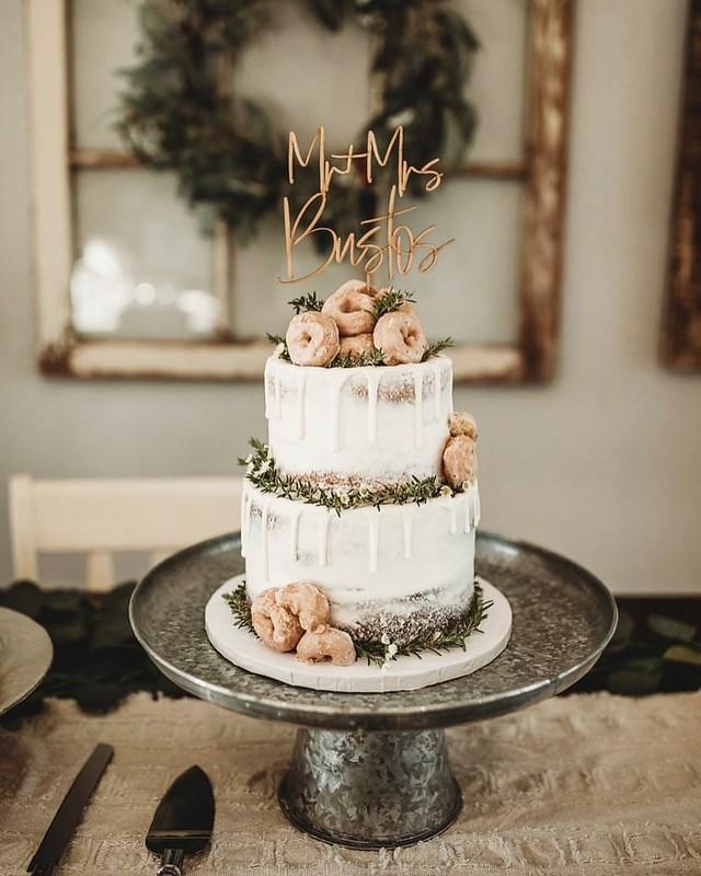 Cake by Mariana's Cake Shop