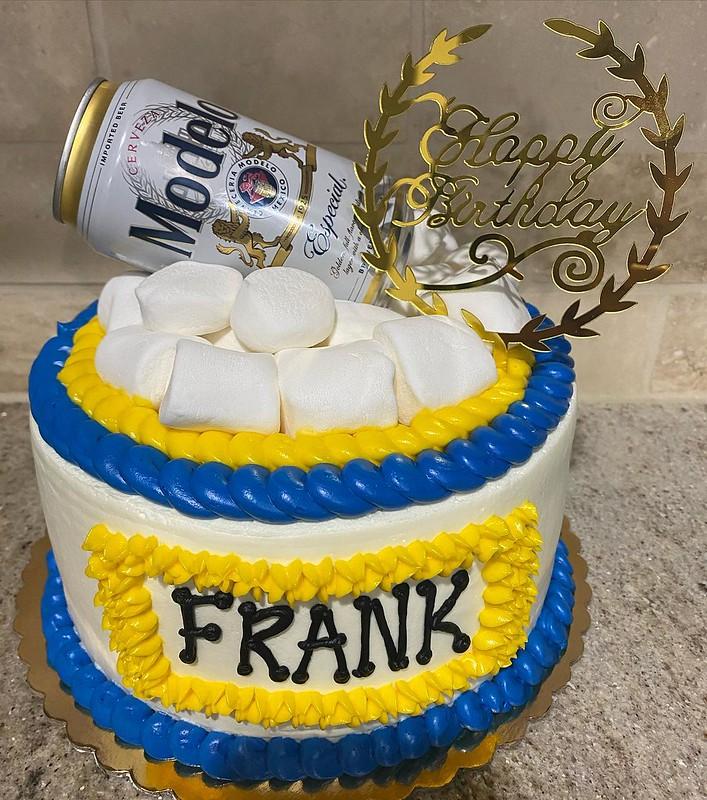 Cake by Luna's Bakery