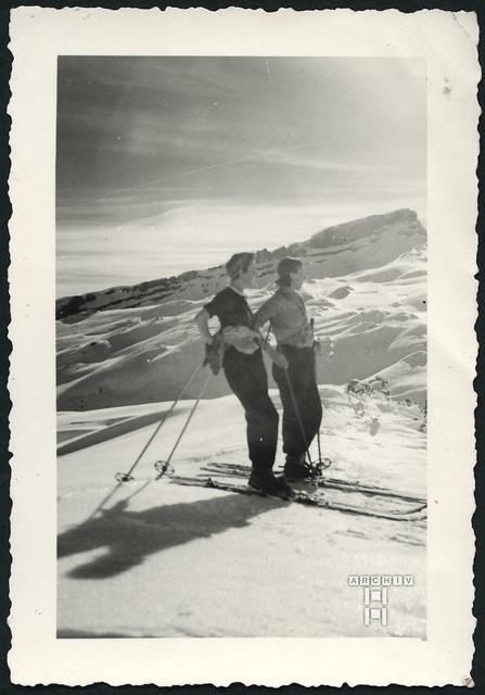 ArchivTappen2AAl2e803 Urlaub in den Bergen, Fotoalbum, 1930-1948