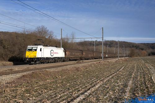 186 318 euro cargo rail  e65205 ligne 24 warsage 14 fevrier 2020 laurent joseph www wallorail be