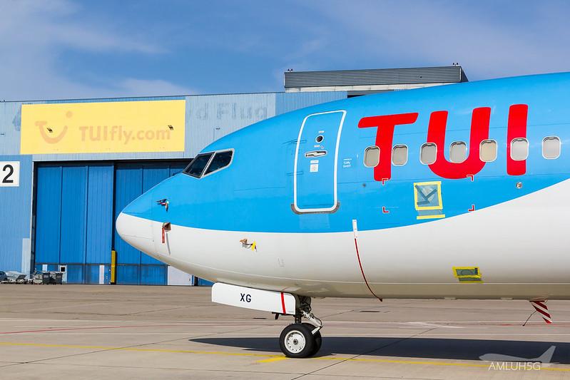 TUI fly - B737 - D-AHXG (4)