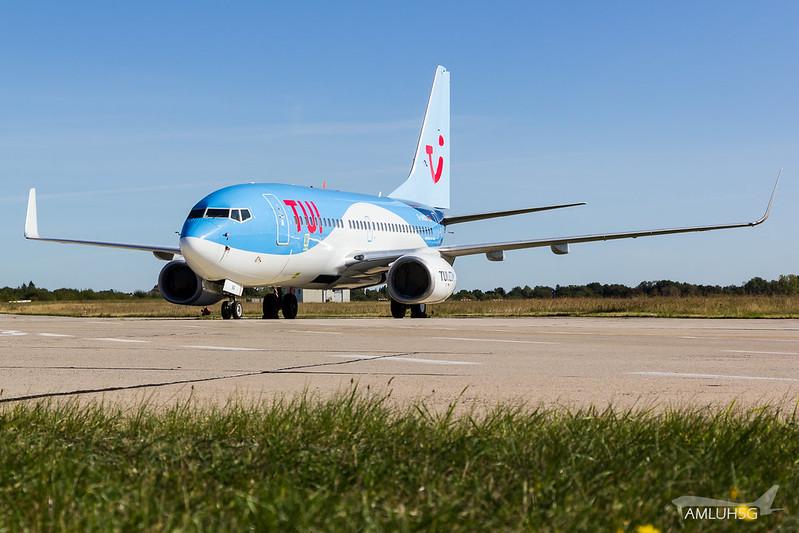 TUI fly - B737 - D-AHXG (1)