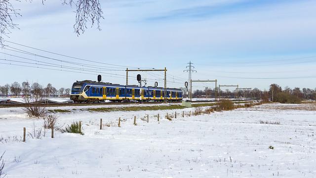NS 2712 onderweg als Spr. 7054
