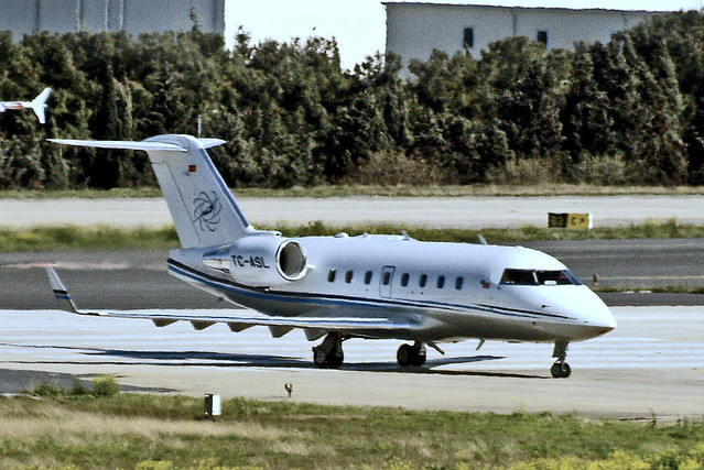 TC-ASL   Canadair CL604 Challenger [5595] (ASL Havacilik) Istanbul-Ataturk~TC 17/04/2015