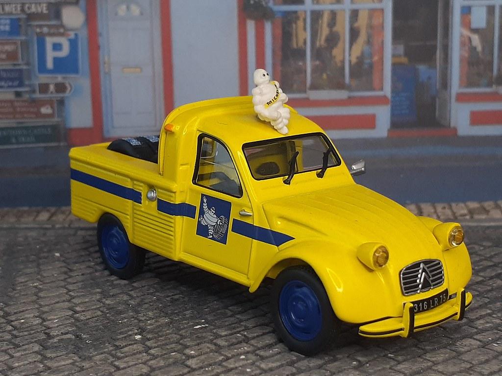 Citroën 2CV Pick Up – Michelin