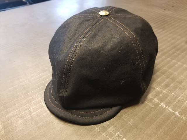 Waxed cotton casquette