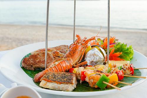 Thavorn Beach Romantic dinner