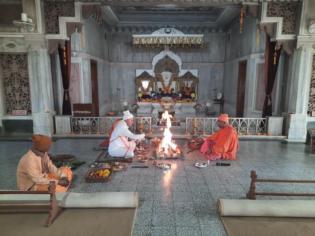 Swamiji's Tithi Puja (34)