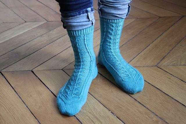 Toe-gether socks