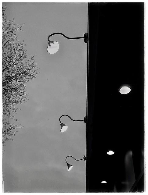Lumières SVP.......
