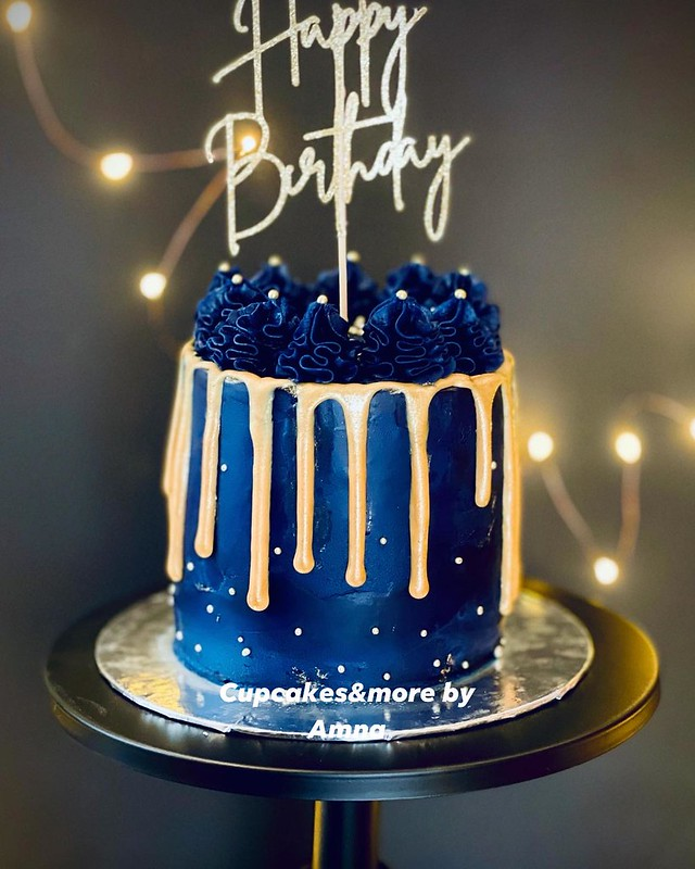 Cake from Cupcakes & More by Amna