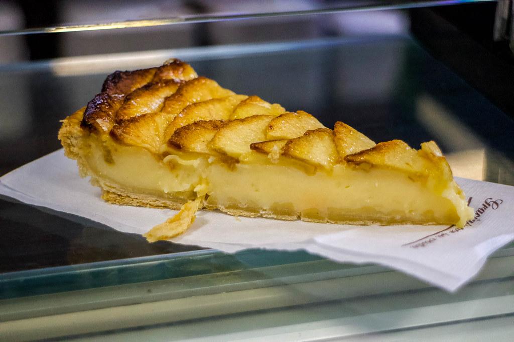 Tarta de manzana en el aderno en Buenavista