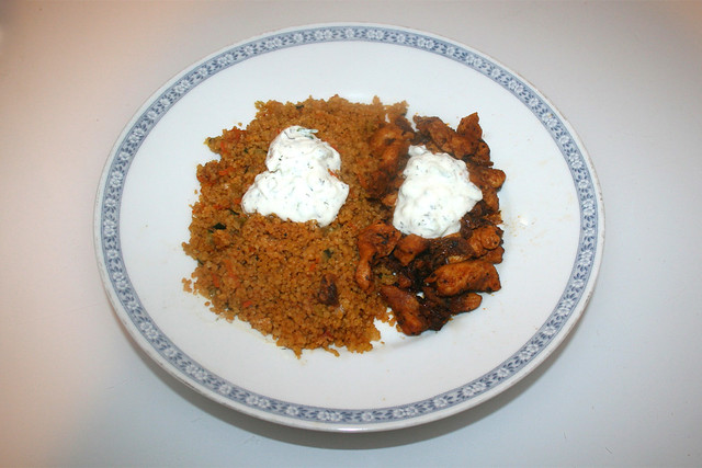 Chicken gyros with vegetable couscous & tzaziki - Leftovers II / Hähnchengyros mit Gemüsecouscous & Tzatziki - Resteverbrauch II