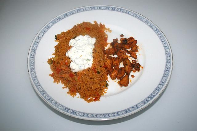 Chicken gyros with vegetable couscous & tzaziki - Leftovers IV / Hähnchengyros mit Gemüsecouscous & Tzatziki - Resteverbrauch IV
