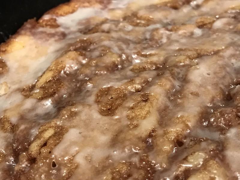 Cinnamon roll cake cast iron pan