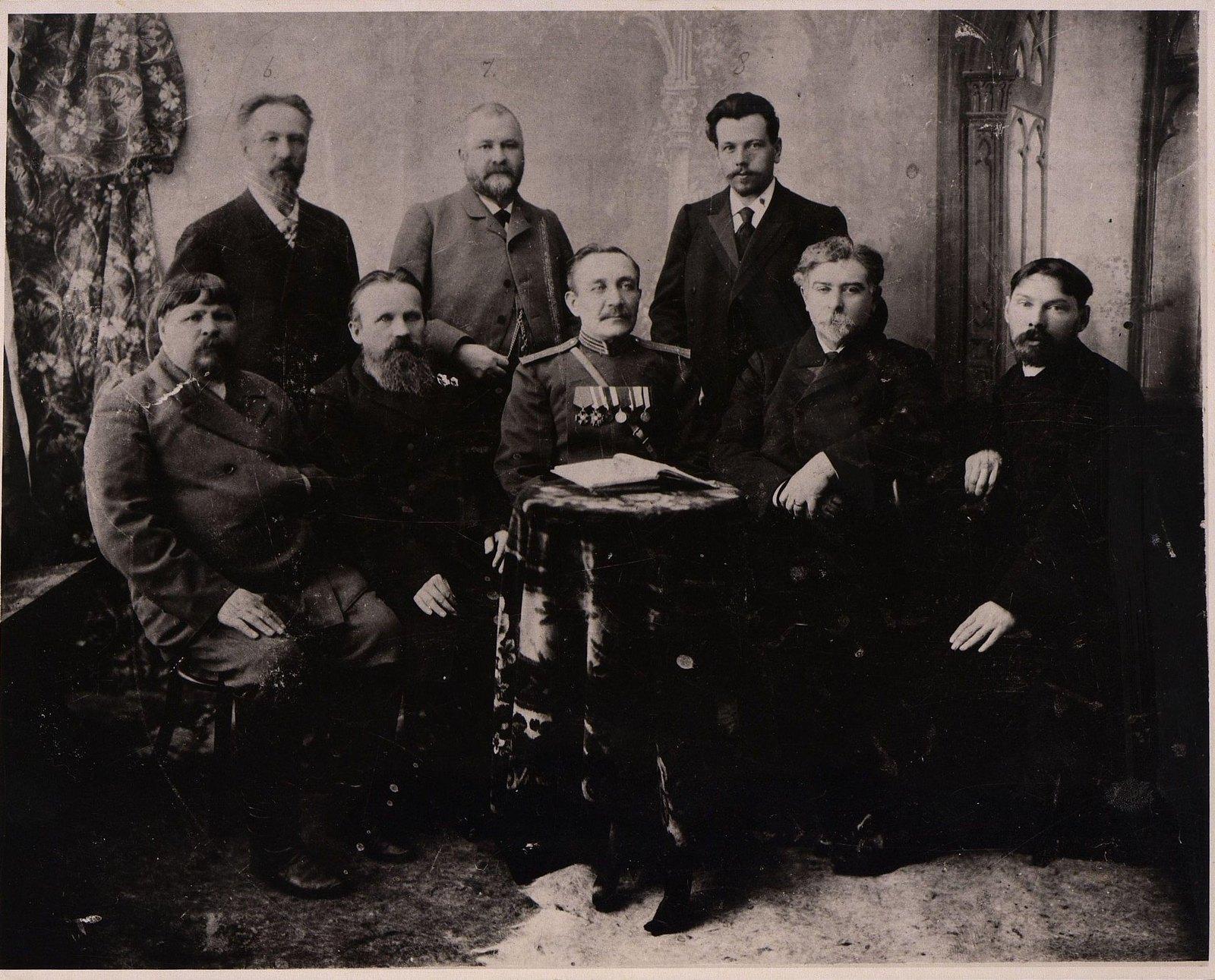 14. Члены Комиссии по составлению описи построек в Бодайбо. 16 декабря 1903