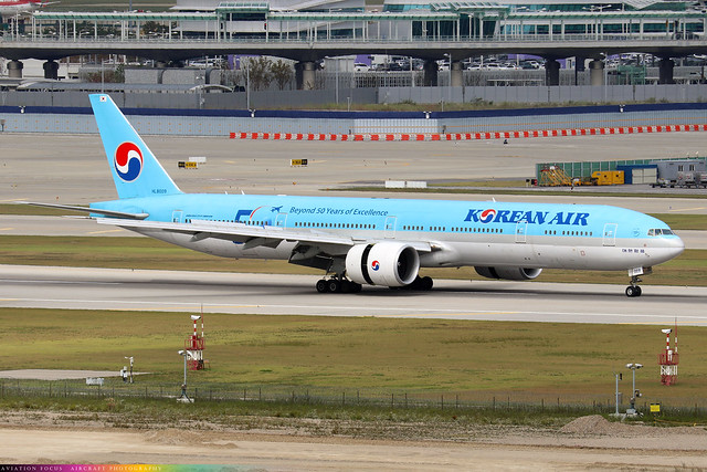 HL8009  -  Boeing 777-3B5(ER)  -  Korean Air  -  ICN/RKSI 6/10/19