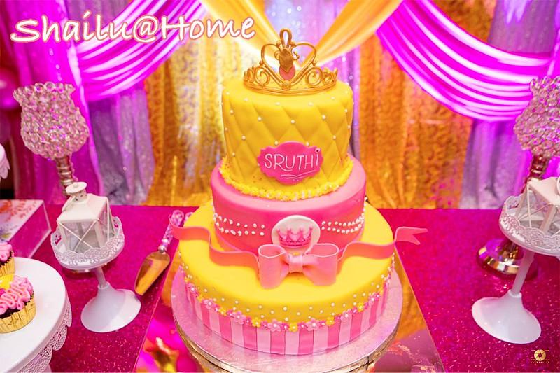 Cake by It's Cake O'Clock - Shailu The Cake Fairy